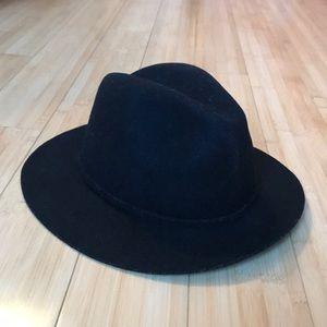 J Crew black hat